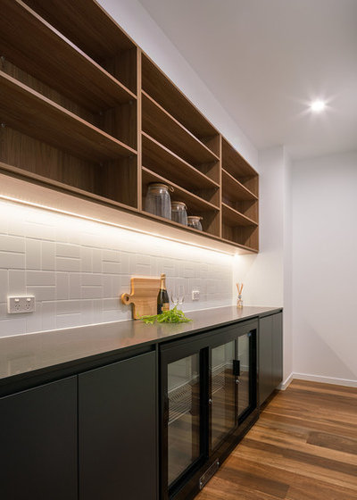 Contemporary Kitchen by SX Constructions