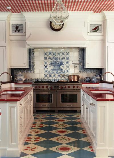 Farmhouse Kitchen by Anthony Baratta LLC