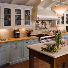 Traditional Kitchen by Lea Shulman Interiors