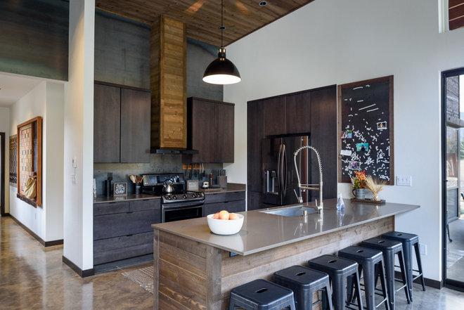 Kitchen by Dan Nelson, Designs Northwest Architects