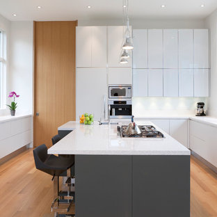 glossy kitchen cabinets . Kitchen - contemporary u-shaped light wood floor kitchen idea in Toronto with an undermount & Glossy Kitchen Cabinets | Houzz