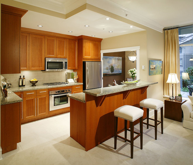 American Traditional Kitchen by KAMAL PREET