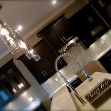 Modern Kitchen by AccenTrix Design
