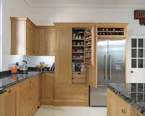 Oak shaker cabinets ideas pictures remodel and decor for Kitchen remodel keeping oak cabinets