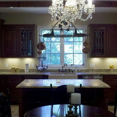 Traditional Kitchen by Angelia Joy