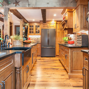 New Hartford Traditional Country Kitchen