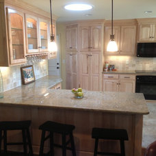 Traditional Kitchen by CUSTOM CABINETS BY LAWRENCE CONSTRUCTION INC.