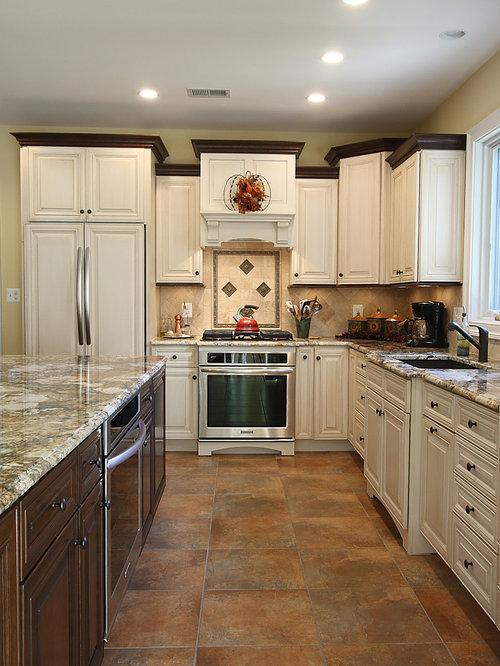 Kitchen Crown Moulding Ideas: Kitchen Crown Molding