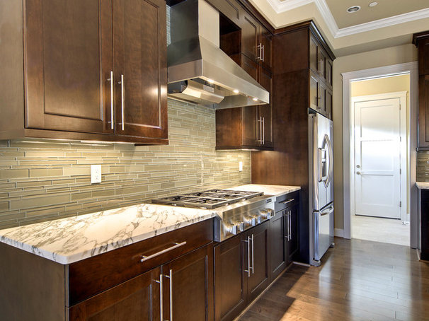 Contemporary Kitchen by LisaLeo designs