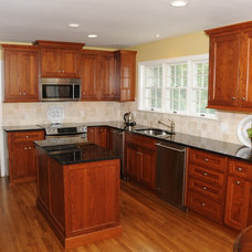 traditional kitchen by Cherry Hill Cabinetry