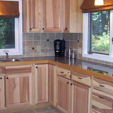 Traditional Kitchen by Shelley Creasy
