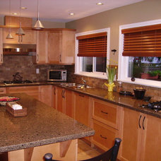Traditional Kitchen by Kingswood Builders Group Ltd