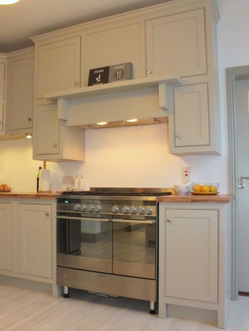 Ash Gray Eat In Kitchen Design Ideas Renovations Photos With Beaded Inset Cabinets