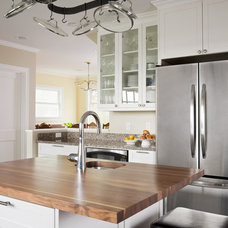 Traditional Kitchen by Ten Directions Design, Architects