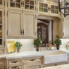 traditional kitchen by GDC Construction