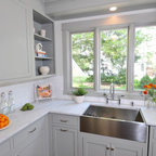 "New ""Old"" House Master Bath - Traditional - Bathroom - chicago - by The Kitchen Studio of Glen Ellyn"