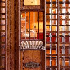 Rustic Kitchen by Matheny Goldmon Architects