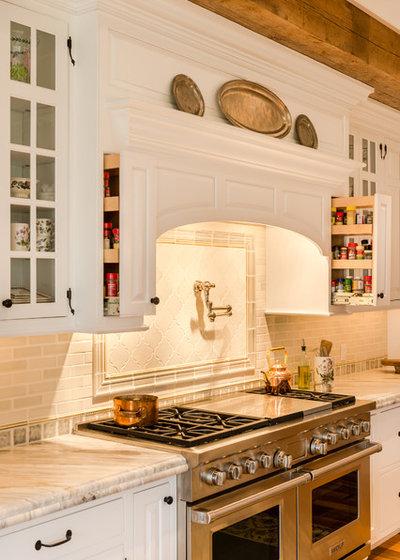 カントリー キッチン by Period Architecture Ltd.