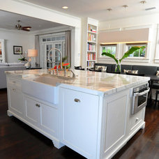 Craftsman Kitchen by Sunset Properties of Tampa Bay
