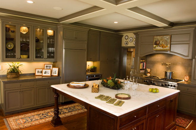Traditional Kitchen by Classic Remodeling & Construction, Inc