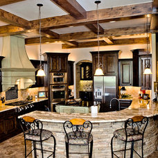 Traditional Kitchen by Huffman Construction