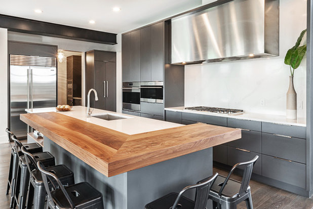 Contemporary Kitchen by Redl World Class Kitchens