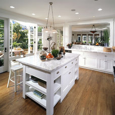 Traditional Kitchen by Sennikoff Architects