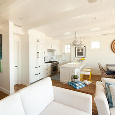 Beach Style Kitchen by William Guidero Planning and Design