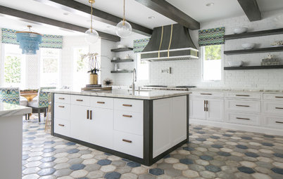 Kitchen of the Week: Earthy Textures and Ocean Hues