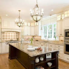 Kitchen by Metropolitan Cabinets & Countertops