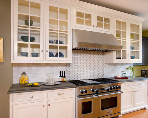 Inspiration For A Timeless Eat In Kitchen Remodel In Boston With Beaded  Inset Cabinets, Part 59
