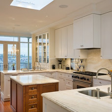 Traditional Kitchen by Hughes Studio Architects