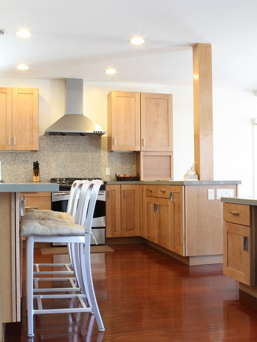 Natural Maple Shaker Cabinets Home Design Ideas, Pictures, Remodel and Decor