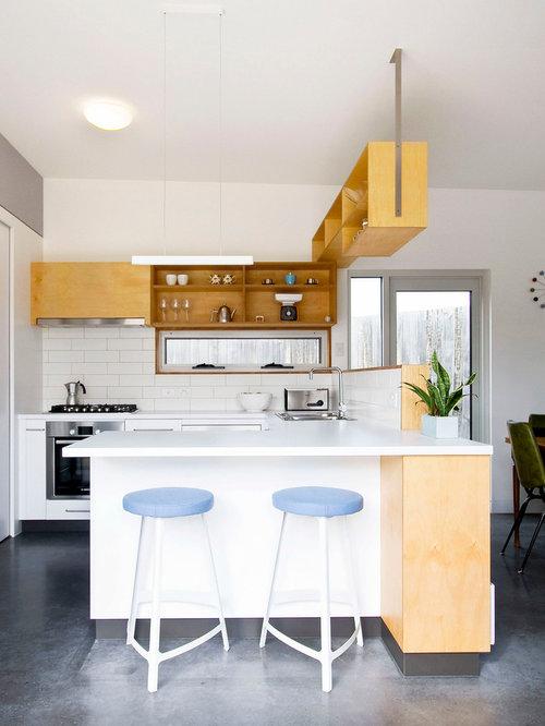 Houzz overhead shelving kitchen design ideas remodel for Kitchen designs hobart
