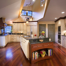 Traditional Kitchen by john patsaros construction L.L.C.