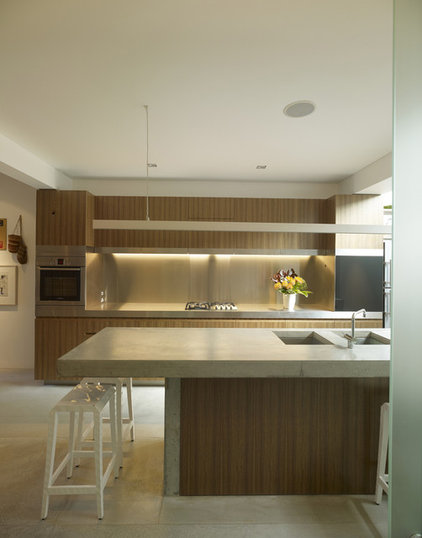 Modern Kitchen by Sam Crawford Architects