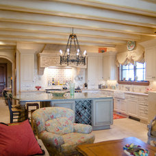 Mediterranean Kitchen by Christopher Lee & Company Fine Homes