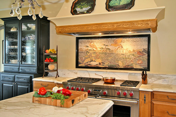 Traditional Kitchen by Tina Kuhlmann