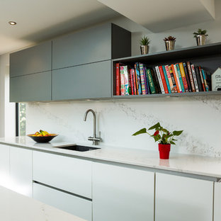 Nobilia 20mm Laser door in White and Mineral Grey