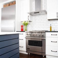 Modern Kitchen by Mason Miller Architect
