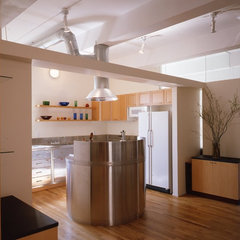 modern kitchen by Ann Marie Baranowski Architect PLLC