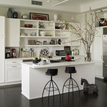 kitchen above the cabinets