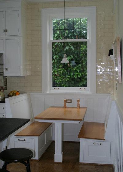 Renovation Detail: The Built-In Breakfast Nook