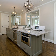 Contemporary Kitchen by 1st Choice Cabinetry