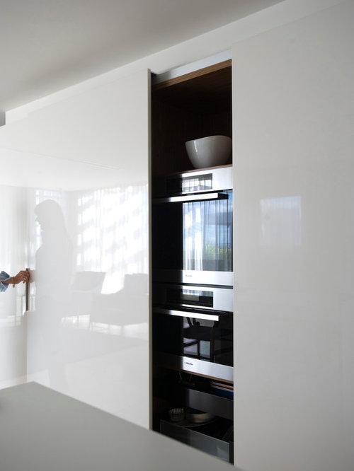 Trendy Kitchen Photo In Sydney