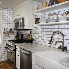 Traditional Kitchen by BHSDesign