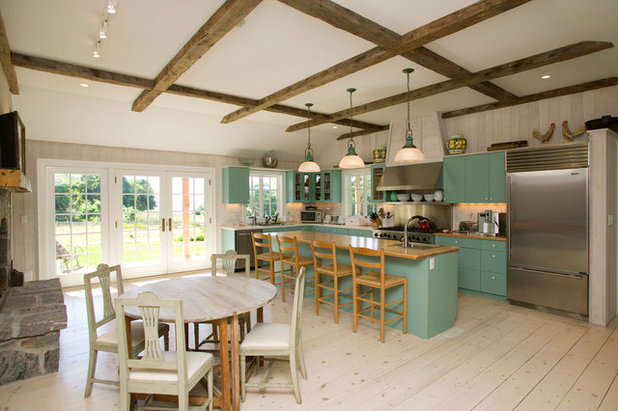 Farmhouse Kitchen by Vital Habitats