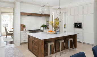 North Hinsdale Show Kitchen