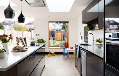7 Ideas for Incorporating a Window Seat into Your Extension