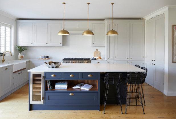 Неоклассика Кухня by Sarah Mailer Design